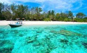 Остров Gili Trawangan, по сравнению с другими наиболее подходящий для развлечений