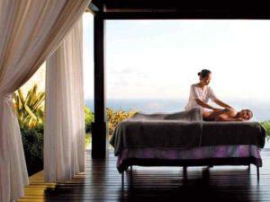 Остров Бали славится своими массажными салонами